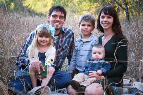 photo of Phil Carlson and his familyi